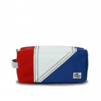 Tri-Sail Toiletry Kit