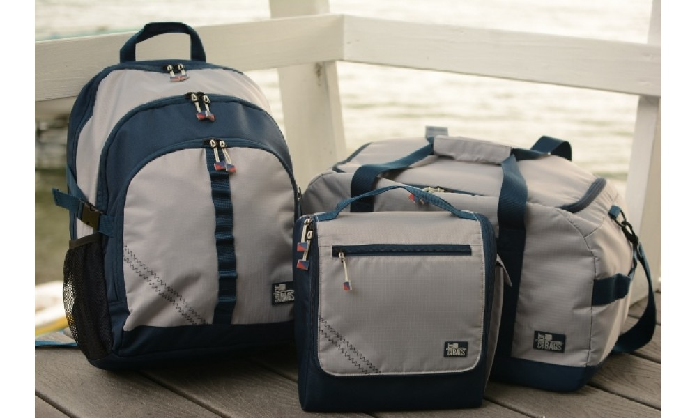 Silver Spinnaker Daypack set close up