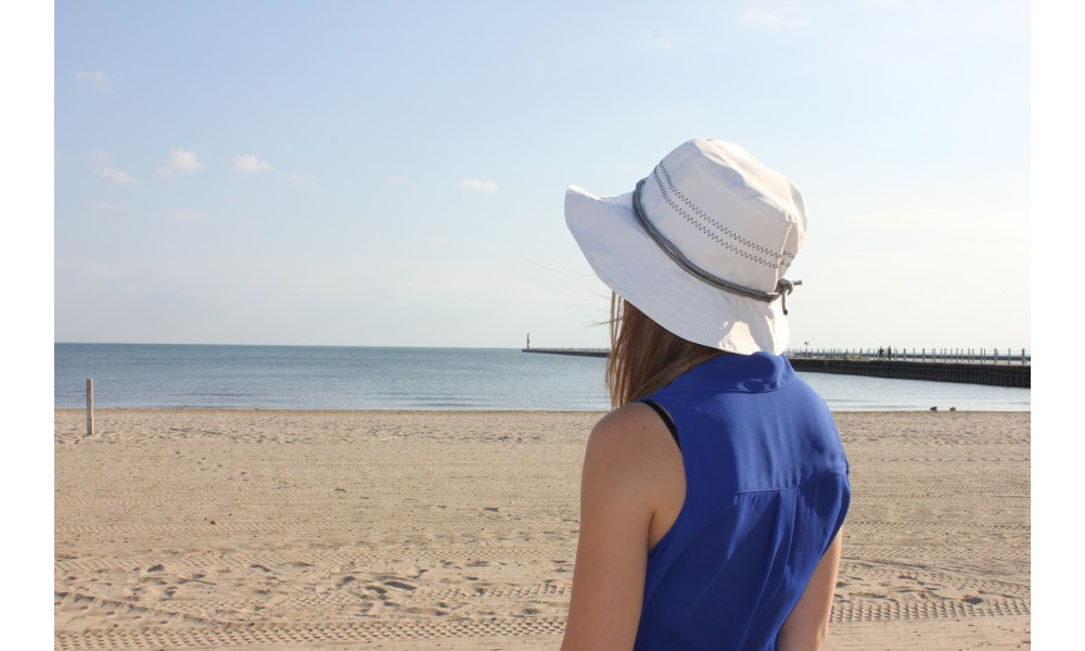 women's Newport Sailing Hat at the beach