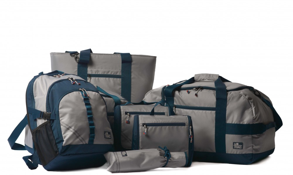 Silver Spinnaker Cruiser Duffel with complete set